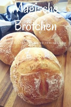 Great recipe for magic rolls with Tolles Rezept für magische Brötchen mit These rolls taste fantastic and I have the dough with my spanish sourdough stated. Easy Cake Recipes, Sweet Recipes, Foods That Contain Protein, Homemade Bread Bowls, Dinner Sandwiches, Pampered Chef, Sandwich Recipes, Evening Meals, Cheesecake Recipes
