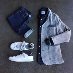 Are you wondering how to wear white sneakers for men or how to look sharp in simple jeans and casual shirt outfits? Then this 30 coolest casual street style looks is just the perfect guide you need to help you look AMAZING! Mode Masculine, Casual Wear, Casual Outfits, Men Casual, Casual Street Style, Street Style Looks, Mode Outfits, Fashion Outfits, Street Fashion