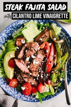 Quick and easy steak fajita salad with cilantro lime dressing! This delicious paleo and Tex-Mex dinner salad is made with skirt stea. Steak Fajitas, Paleo Recipes, Mexican Food Recipes, Cooking Recipes, Healthy Steak Recipes, Paleo Ideas, Avocado Recipes, Clean Eating, Healthy Eating