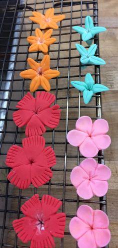 Gum Paste Blossoms