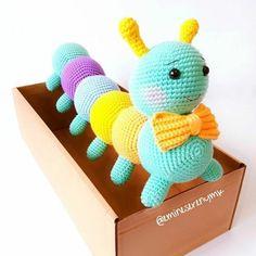 Mesmerizing Crochet an Amigurumi Rabbit Ideas. Lovely Crochet an Amigurumi Rabbit Ideas. Crochet Patterns Amigurumi, Crochet Dolls, Amigurumi Tutorial, Amigurumi Doll, Crochet Gifts, Cute Crochet, Crochet Phone Cases, Crochet Mobile, Easy Crochet Projects
