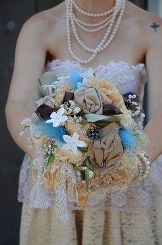 Love this bouquet, and everything about this country/barn chill offbeat wedding.   Bouquet by angi krueger, via Flickr.