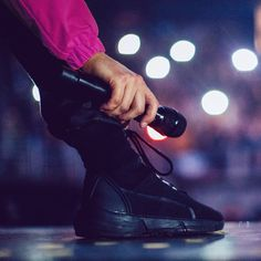 For every Twenty One Pilots song - Iomoio Joshua William Dun, Joshua Dun, Tyler And Josh, Tyler Joseph, Emo Bands, Music Bands, Twenty One Pilots Aesthetic, Screamo, Staying Alive