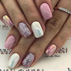 Super cute nails, manicures, nail designs, and nail art! Fancy Nails, Trendy Nails, Love Nails, Pink Nails, How To Do Nails, My Nails, Pink White Nails, Glitter Toe Nails, Pink Holographic Nails