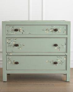 Green Dresser, Small Dresser, Small Chest Of Drawers, 3 Drawer Chest, Modern Dresser, Old Dresser Drawers, Colorful Dresser, Dresser Ideas, Diy Furniture Easy