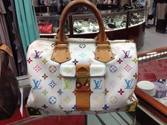 NEW Authentic Louis Vuitton