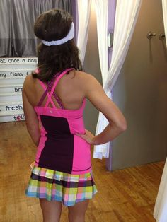 Lululemon Raspberry Glo/Plum Hyperstripe Energy Tank and Sea Check plaid Pace Setter skirt