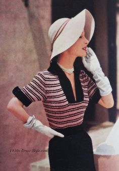 1950s Style Dresses | Vogue