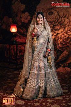 Pinterest • @bhavi91 Big Fat Indian Wedding, Indian Wedding Outfits, Pakistani Outfits, Wedding Attire, Indian Weddings, Sabyasachi Bride, Punjabi Bride, Indian Bridal Lehenga, Asian Bride