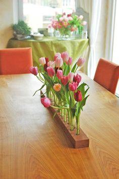 Frühlingsdeko mit Tulpen. Noch mehr Deko Ideen gibt es auf www.Spaaz.de