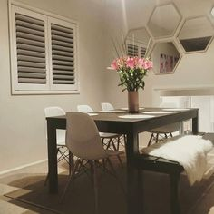What a fabulous dining room!! I love how @lauramaidment has positioned the hexagon mirrors from @kmartaus and I love the vase wellington rug and placemats all from Kmart as well. Thanks for the tag hun #addictedtokmart #kmartaddict #kmartaus #kmart #addictedtobargains #shoppingaddict #homestyling #homedecor #hexagon #mirrors #wellington #rug #placemats by addicted_to_bargains