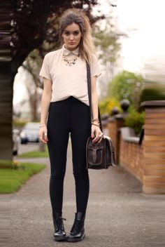 Pants: AA // T-shirt: AA // Shoes: Dr.Martens // Bag: Graftea