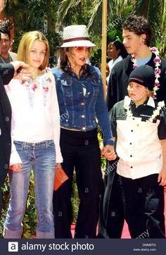 Elvis Presley Family, Priscilla Presley, Lisa Marie Presley, Hollywood California, California Usa, June 16, Ex Wives, Lilo And Stitch, Vectors