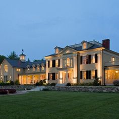 Oh my goodness I want to live in this house!