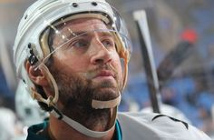 San Jose Sharks forward Adam Burish (Nov. 18, 2014).