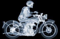 Radiografías de motos, coches y aviones de Nick Veasy