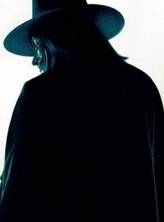 """Hugo Weaving in """"V for Vendetta"""" (2005)"""
