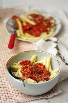 Madame Gateau: Pâtes aux tomates séchées et au thon