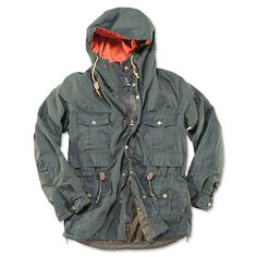 This Barbour hooded jacket for men is a true sporting classic. Slim fit raglan-cut coat, inspired from the angling six-pocket jacket. Includes contrast hood lining in seasonal burnt orange, leather trims, an original Barbour illustration print, and technical iPod inner pocket with cable holders. Drawcord at waist and lower hem for custom fit. 100% cotton, shirt weight Barbour tartan lining. Barbour hooded jacket for men in olive. 100% cotton. Washable. Imported. <br />Sizes: M(38-40)…