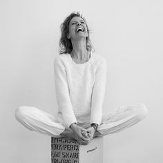 The most wasted of days is one without laughter. Yoga Photography, Photography Branding, Butterfly Pose, Yoga Photos, Marca Personal, Kundalini Yoga, Yoga Lifestyle, Yoga Fashion, Aldi Photos