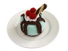 Cakes - Crochet Cake Sachets