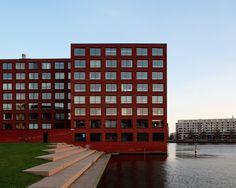 Hoogtij, Amsterdam.    Designed by Diener & Diener.