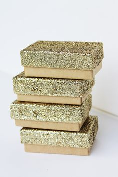 Small gold glitter boxes
