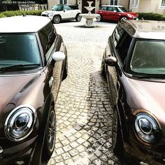 What's better than one #MINI? A family.