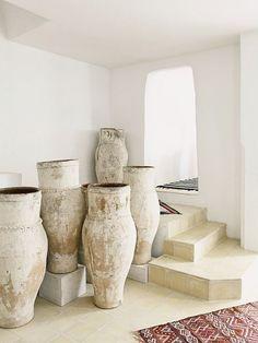 Natural clay pots, large ceramics