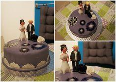 Hochzeitstorte - lila Weddingcake - purple  https://www.facebook.com/ChristinasCakeFactory/