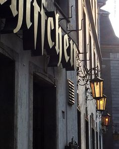 Sus cervecerías con historia #Schiffchen #Napoleon #DŪSSELDORF #PININO #BRUNELLO #PROWEIN  #Molyvade #silbandoaltrabajar  http://molyvade.blogspot.com.es/2016/03/dusseldorf16.html