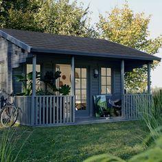 cabane de jardin blanche