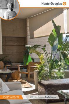 """""""Este proyecto demuestra que en un ambiente exterior también se puede lograr un ambiente interior, el cual se prolonga a través de muebles, plantas, alfombras y toldos. El Toldo Vertical ayuda con la climatización y protege de los rayos del sol"""" - Luis Fernando Moro #EscenariosdeLuz #HunterDouglasEnTuHogar #Decoración #homedecor #design #architect #interiordesign #interiors #interior #inspiration #housegoals #interiordesigner"""