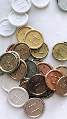 All of the metallics for these wax seal colours Wax Seals, Wedding Invitations, Bronze, Colours, Personalized Items, Metal, Gold, Cards, Wedding Invitation Cards