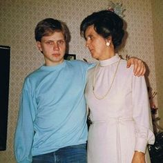 Me as a late teenager. Here together with my mother. I wonder why I don't look so happy although I had more hair back then. :) #memorylane #teenager #mother