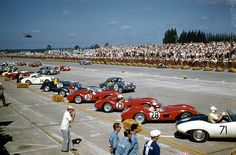 1957 of Sebring. all Ferrari 500 TRC's. Photo courtesy of Robert Johns. Sports Car Racing, Drag Racing, Sport Cars, Auto Racing, Motor Sport, Le Mans, Sebring Raceway, Triumph Tr3, Ferrari World