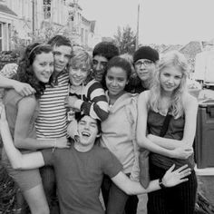 April Pearson, Joe Dempsie, Mitch Hewer, Dev Patel, Nicholas Hoult, Larissa Wilson, Mike Bailey, Hannah Murray (Skins - Generation One)