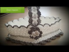 Crochet Gifts, Crochet Baby, Crochet Patterns For Beginners, Yarn Crafts, Household Items, Bandana, Tatting, Elsa, Stuff To Buy
