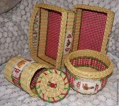 """Кухня ручной работы. Ярмарка Мастеров - ручная работа Комплект """"Мой любимый петушок"""". Handmade. Straw Weaving, Paper Weaving, Basket Weaving, Newspaper Crafts, Old Newspaper, Burlap Crafts, Diy Crafts, Art N Craft, Paper Basket"""
