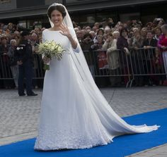 Viktoria Cservenyak, a former lawyer and writer, chose a dress by another Danish designer named Claes Iversen when she married Prince Jamie of the Netherlands.