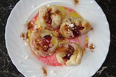 Pflaumenknödel aus Hefeteig, ein tolles Rezept aus der Kategorie Dessert. Bewertungen: 7. Durchschnitt: Ø 3,6.