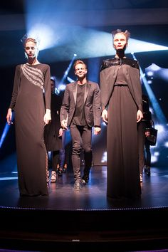BLACK IS BLACK || Designer Steffen Schraut freut sich über den Applaus nach der Schau. || Designer Steffen Schraut is taking the applause after the fashion-show. || FASHION2SEA Neue Modetrends auf der Kreuzfahrt nach Monte Carlo / FASHION2SEA New fashion trends on the cruise to Monte Carlo. Foto: © Susanne Baade/Hapag-Lloyd Cruises