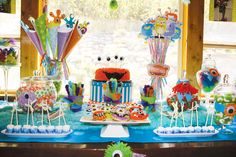 So Cute It's Scary: Monster themed birthday.  My kids would never pick this theme but i love everything about this!!!