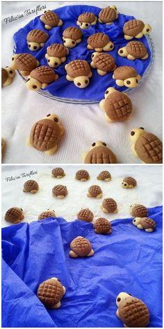 Таня's media content and analytics Turtle Cookies, Bear Cookies, Biscuit Cookies, Chocolate Strawberry Pie, Chocolate Caramel Cheesecake, Cake Decorating Supplies, Cookie Decorating, Creative Food Art, Fleurs Diy