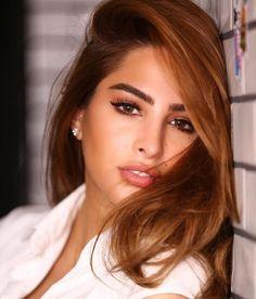 Top Ten List Of Best Looking Kuwaiti Women – Most Beautiful Kuwaiti Women of All Time