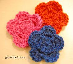 Pretty free crochet flower pattern - jjcrochet