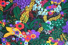 Yardage of very retro floral fabric. Stretchy knit by TimeValley Retro Color Palette, Retro Floral, Ditsy, Floral Fabric, Black Backgrounds, Flower Power, Florals, Knitwear, Bedding