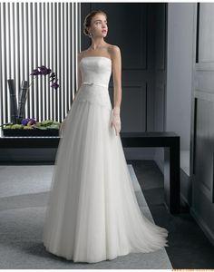 2015 A-linie Trägerlose Elegante Brautkleider aus Softnetz mit Applikation