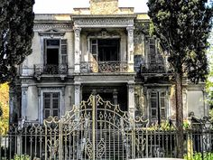 Patrick Comerford: An elegant mansion in Thessaloniki in need of tend. Thessaloniki, Neoclassical, Macedonia, Abandoned Places, Ghosts, Greece, Villa, Memories, Mansions
