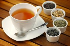 Detox Tee, Basil Tea, Tulsi Tea, Honey Drink, Banana Drinks, Tea Benefits, How To Increase Energy, Coffee Recipes, Losing Weight